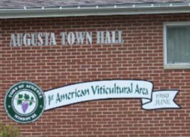 Augusta mo town hall fCsOdC.tmp